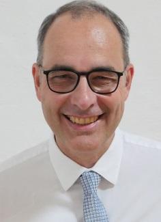 <b>Andreas Tromm</b> Chefarzt Innere Klinik Evangelisches Krankenhaus Hattingen - tromm_4739_RGB